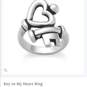 Key to my heart James Avery Ring size 5 1/2